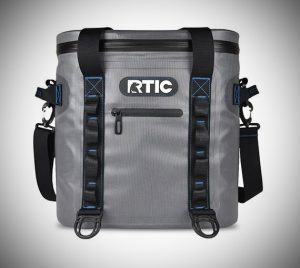 RTIC 20 Soft Pack back